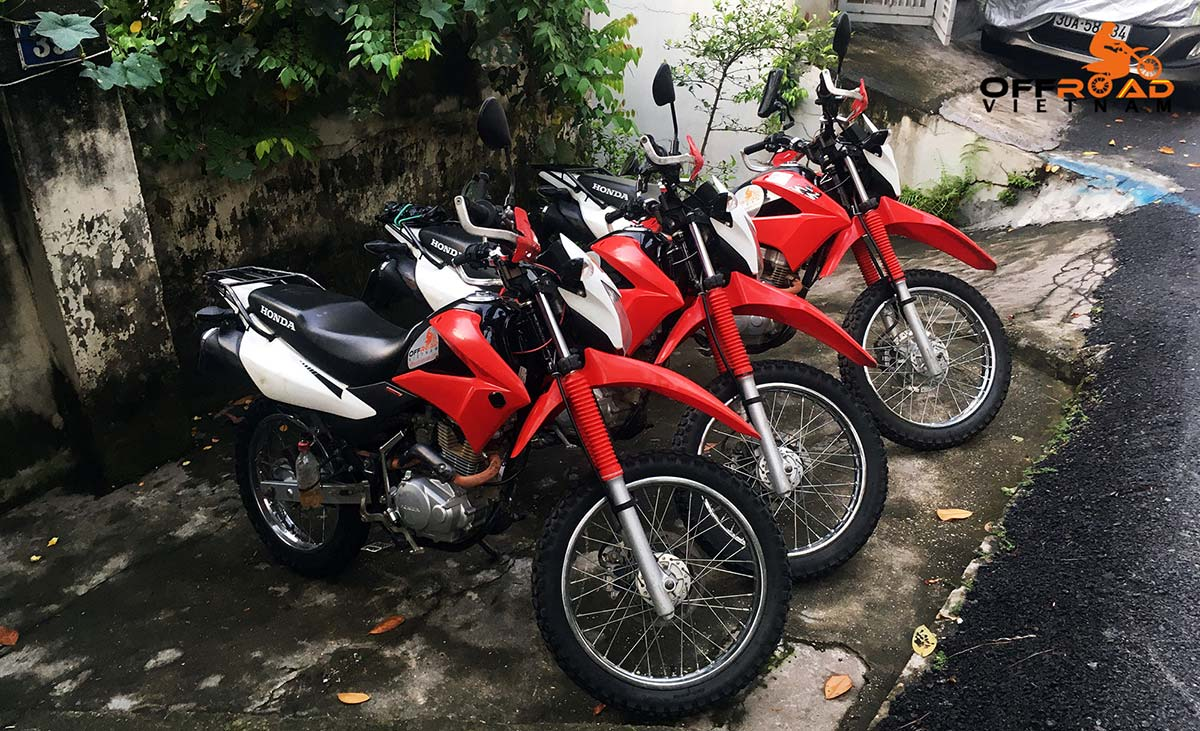 Hanoi Motorbike Rental - used bikes for sale in Hanoi: 2016-2017 Honda XR150L 150cc