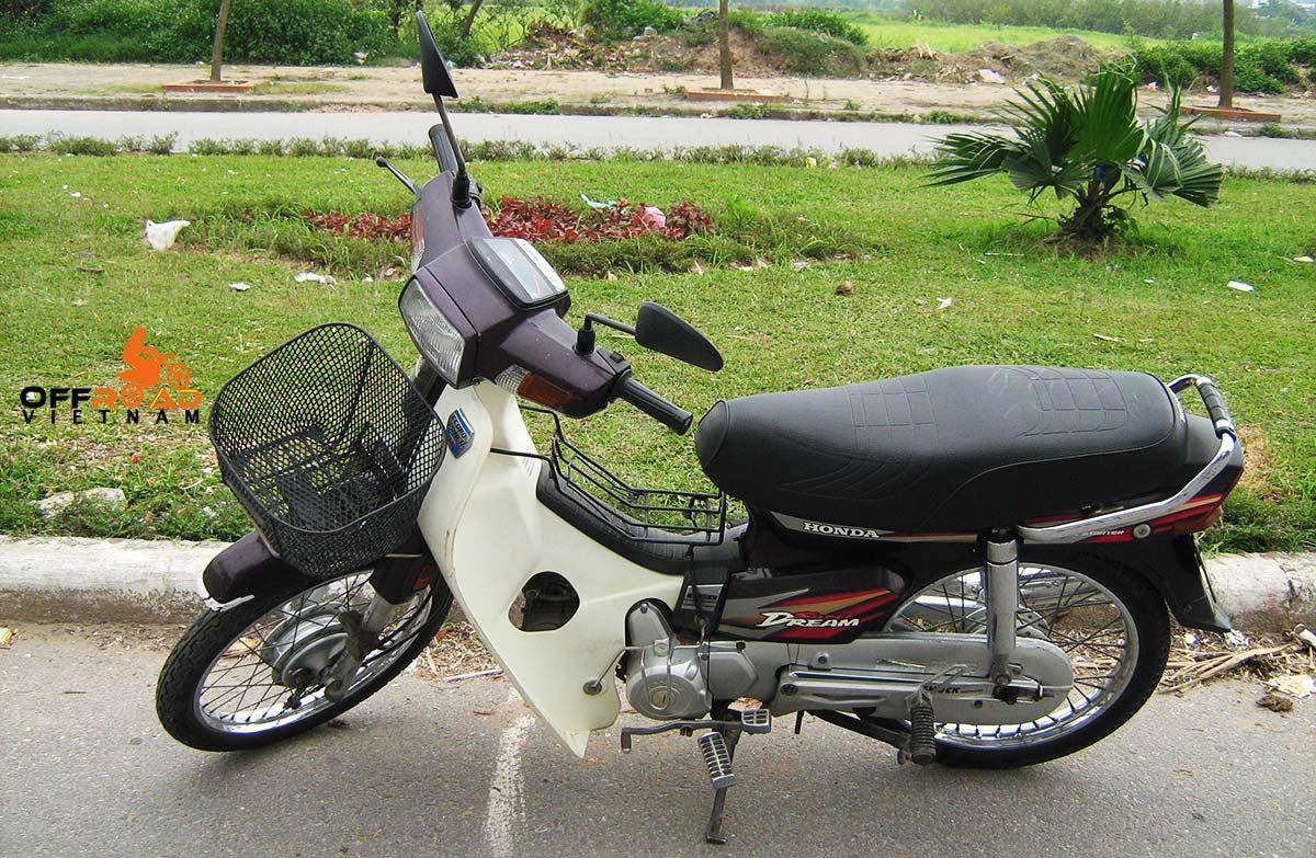 Honda Super Dream scooter 100cc