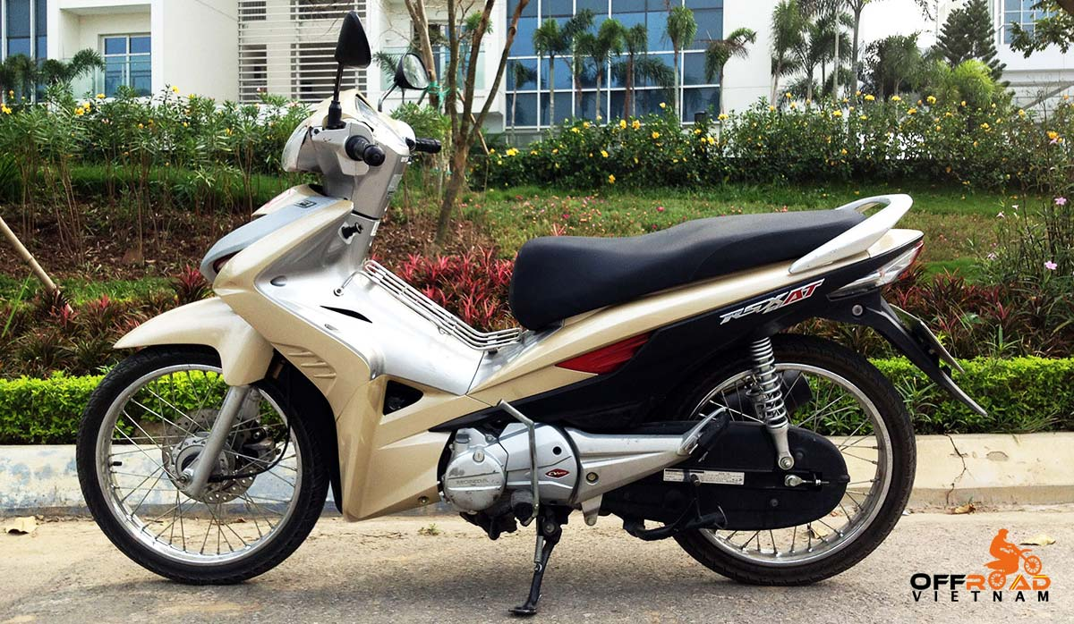 Hanoi Motorbike Rental - Honda Wave RSX AT 110cc Scooter Rentals we no longer provides.