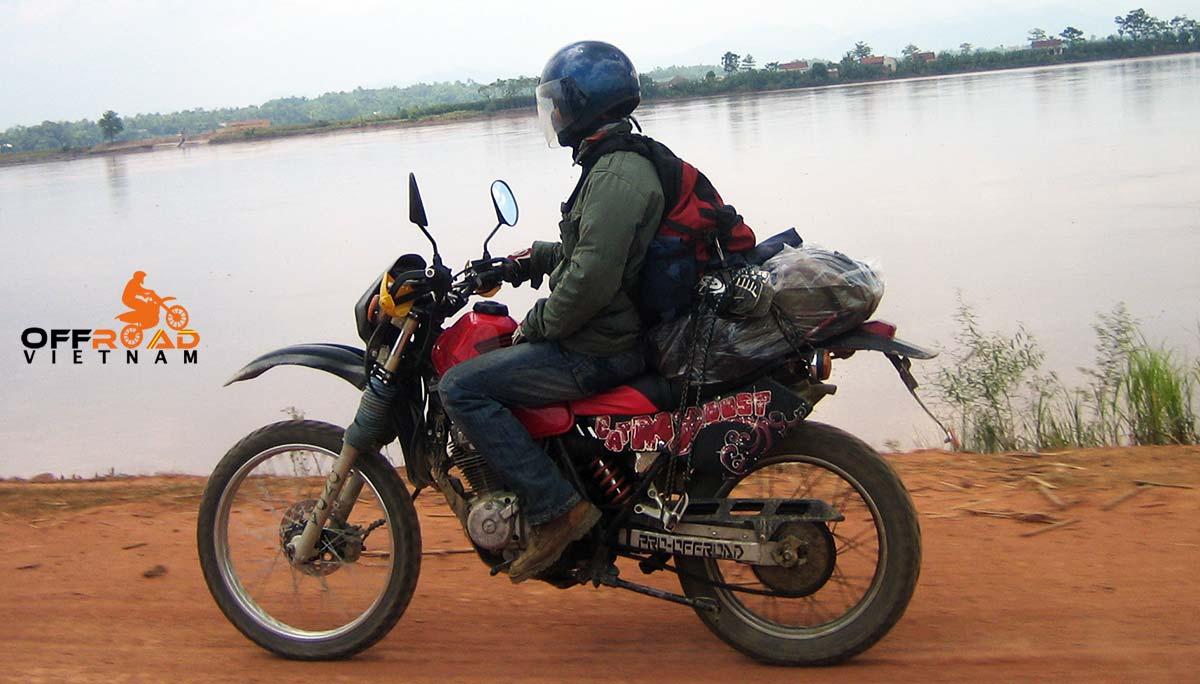 Hanoi Motorbike Rental Discontinued Jialing Honda dirt bike XL 125cc