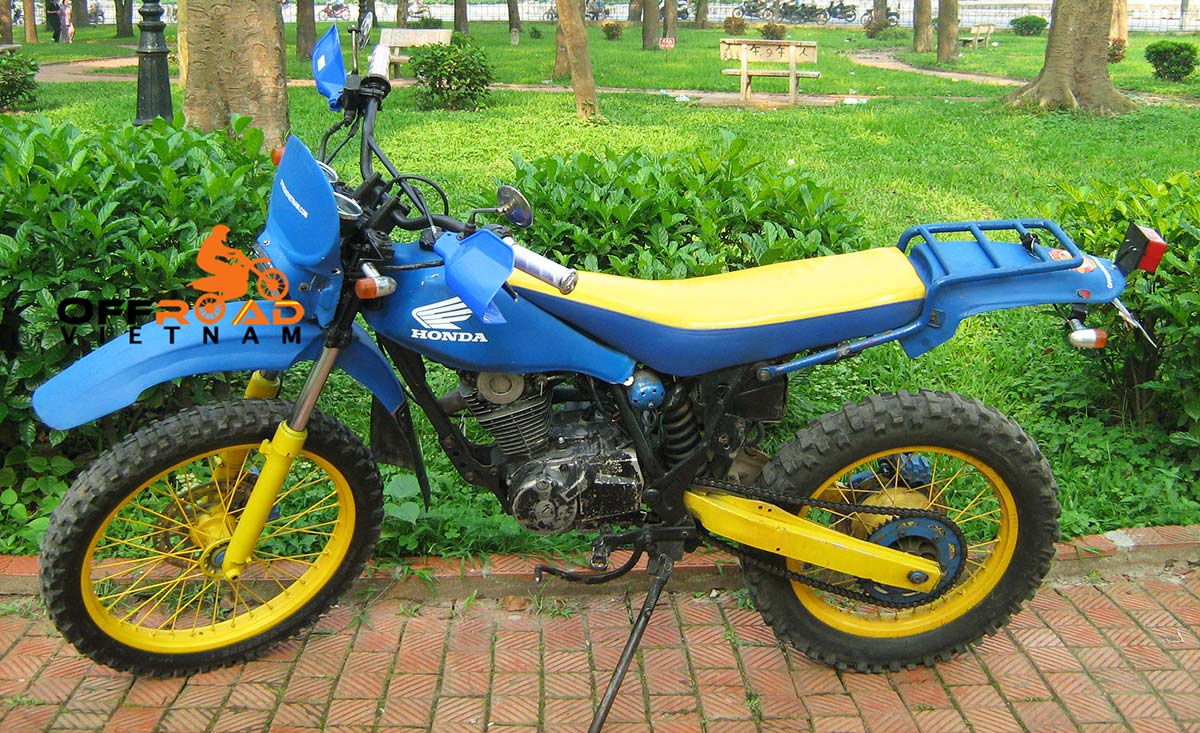 200cc Motorcycles Discontinued at Hanoi Motorbike Rental: Honda dirt bike TLR200