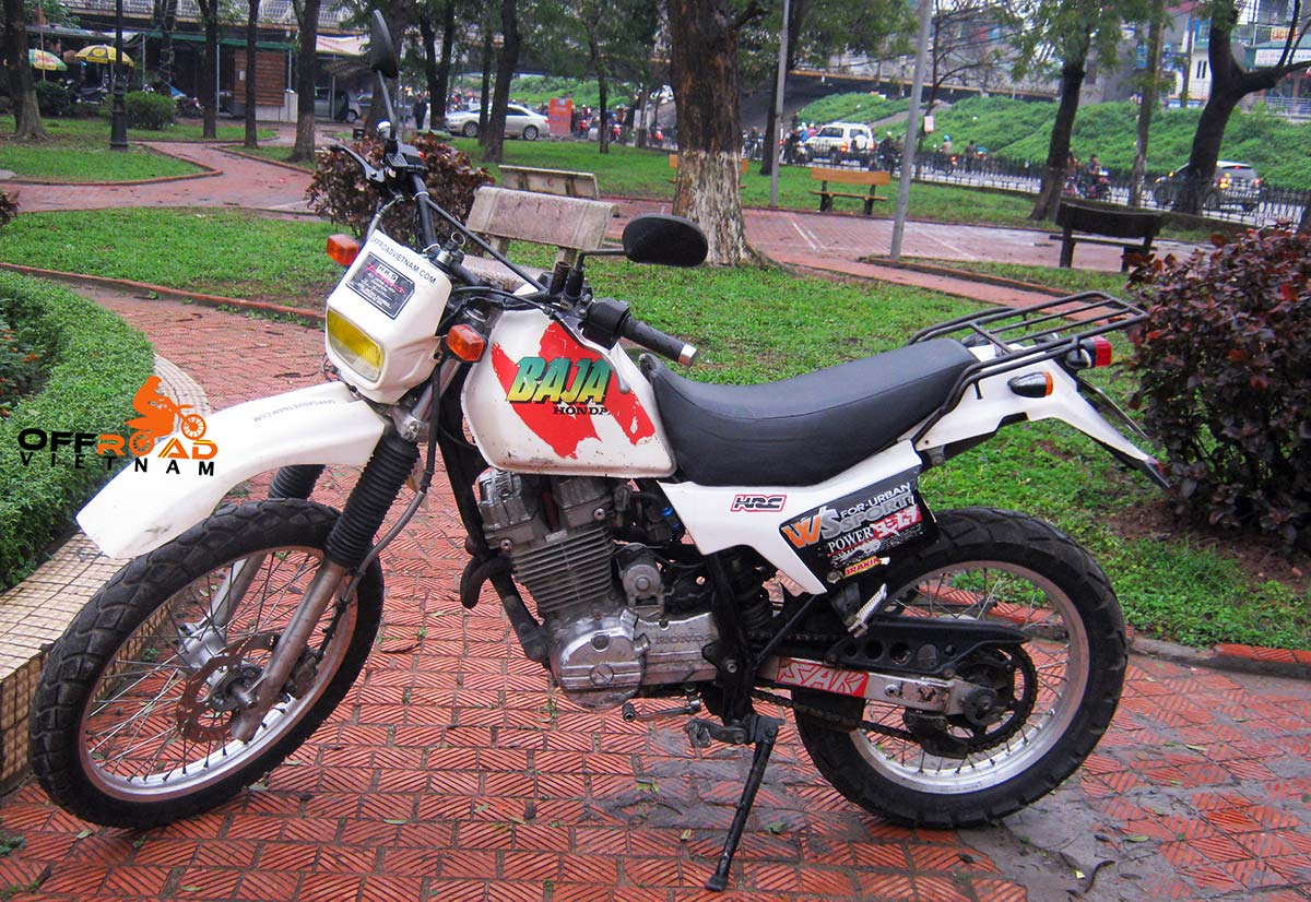 Hanoi Motorbike Rental - 250cc Motorcycles: Honda scrambled dirt bike Baja250 or VFR250?