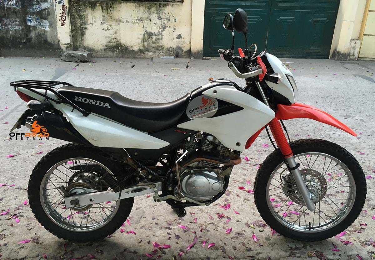 Hanoi Motorbike Rental - used bikes for sale in Hanoi: Honda XR150L 150cc