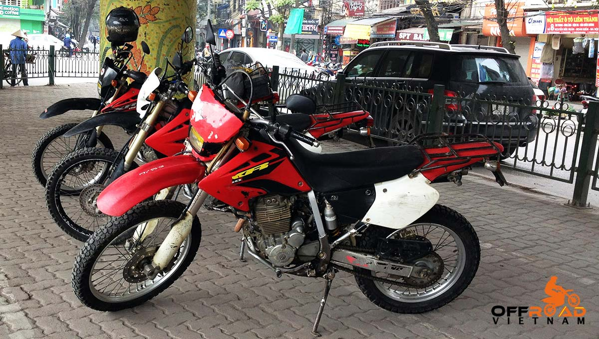 Hanoi Motorbike Rental - Honda XR250 dual enduro, single headlight.