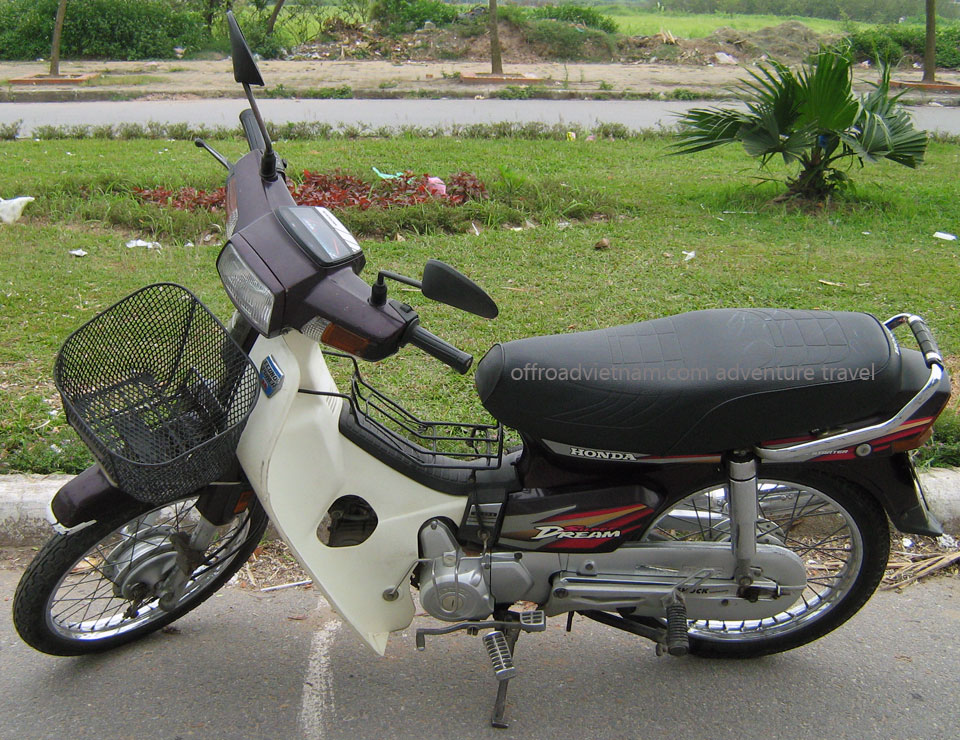 Honda Super Dream scooter 100cc