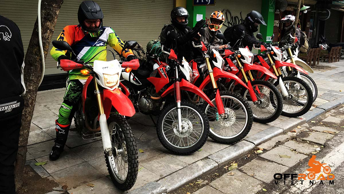 Off-road motorbikes 150-250cc for rent in Hanoi, Northern Vietnam like Honda XR150L, Honda CRF150L and Honda CRF250L.