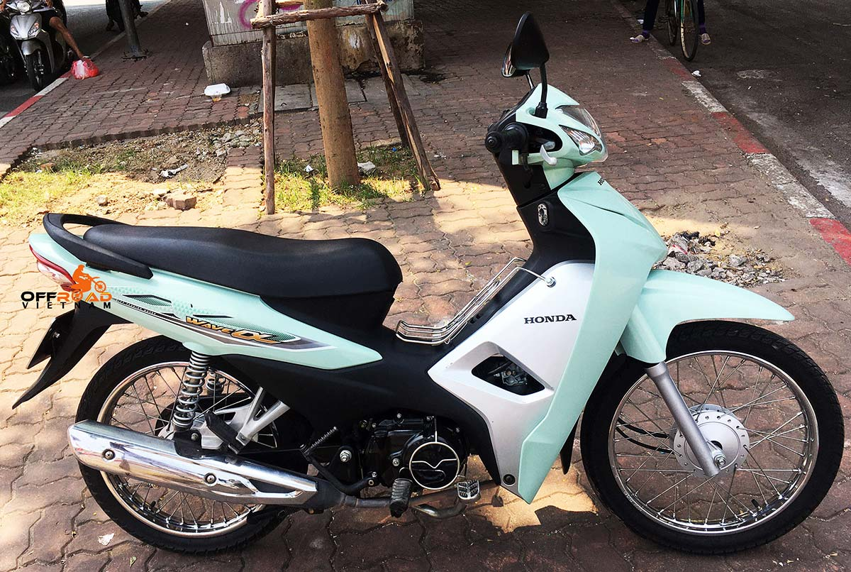 Semi-automatic scooters 110cc for rent in Hanoi, Northern Vietnam like Honda Wave Alpha 110cc, Honda Wave S/RS/RSX 110cc and Honda Blade 110cc.