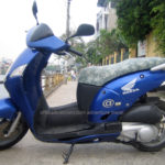 Honda @ 125cc 2002 for rent in Hanoi